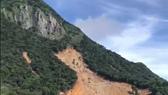 Nhiều điểm sạt lở xuất hiện tại khu vực núi Tà Bang