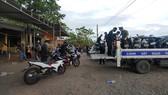 Công an Quảng Trị bảo quản hàng ngàn xe máy để lại chốt y tế