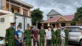 Các đối tượng bị Công an huyện Hướng Hóa bắt tạm giam
