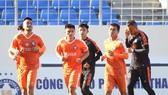 Đà Nẵng gặp nhiều khó khăn trong tập luyện khi chuẩn bị cho V-League quay trở lại. Ảnh: DNFC