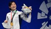 """Rikako Ikee được vinh danh cho danh hiệu """"VĐV xuất sắc nhất"""" tại ASIAD 2018. Ảnh: AFP."""