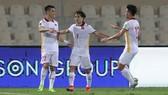 Niềm vui ngắn ngủi của các cầu thủ Việt Nam ở trận đấu với Trung Quốc. Ảnh: GETTY