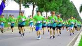 """Sôi nổi và nhiều ý nghĩa tại giải """"Mekong delta marathon"""" Hậu Giang 2020"""