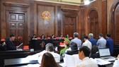 Phiên tòa xét xử bị cáo Nguyễn Hữu Tín và các đồng phạm. Ảnh: NGUYỄN NHÂN