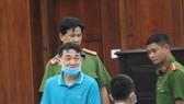 Bị cáo Nguyễn Minh Hùng tại tòa sáng 9-3. Ảnh: MAI HOA