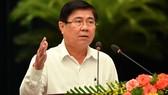 Chủ tịch UBND TPHCM Nguyễn Thành Phong phát biểu tại Hội nghị triển khai công tác cải cách hành chính.Ảnh: VIỆT DŨNG