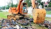 Phá hủy 32 xe lâm tặc sử dụng vận chuyển gỗ