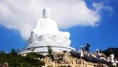 Dòng người đổ về chiêm ngưỡng tượng Phật ngồi cao nhất Đông Nam Á