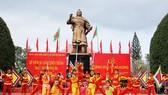"""Biển người """"trẩy hội"""" Ngọc Hồi - Đống Đa trên quê hương anh hùng Quang Trung - Nguyễn Huệ"""