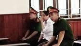 Nữ kế toán công an lừa đảo, làm giả thẻ ngành lãnh án 11 năm tù