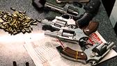 Mang 4 khẩu Rulo, 164 viên đạn lên phố giải quyết mâu thuẫn