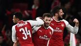 Bảng H: Arsenal - BATE 6-0: Pháo thủ bắn phá BATE