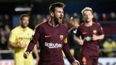Villarreal - Barcelona 0-2: Messi, Suarez ghi bàn, Barca củng cố ngôi đầu