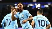 Man City - Watford 3-1: Sterling ghi bàn giây 39, Man xanh bỏ xa 15 điểm