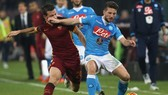 SSC Napoli - Roma 2-4: Chủ nhà thất thủ
