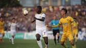 Thanh Hóa - SLNA 1-0: Sông Lam phơi áo