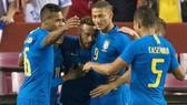 "Giao hữu, Brazil - El Salvador 5-0: Neymar, Richarlison, Coutinho Marquinh ""đồng loạt nổ súng"""