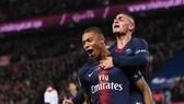 """Marseille - PSG 0-2: Mbappe, Draxler """"nổ súng"""", mang về trận thắng thứ 11"""