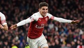 Arsenal - Huddersfield 1-0: Lucas Torreira làm người hùng phút 83
