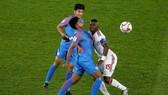 Ấn Độ - UAE 0-2: Mubarak, Mabkhout lập công, UAE rộng cửa đi tiếp