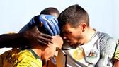 Australia - Palestine 3-0: Maclaren, Mabil, Giannou lập công, Australia vươn lên nhì bảng