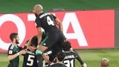 UAE - Kyrgyzstan 2-2 (chung cuộc 3-2): Esmaeel, Mabkhout, Khalil tỏa sáng, UAE gặp Australia