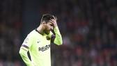 """Athletic Bilbao - Barcelona 0-0: Đôi công kịch tính, Marcos thẻ đỏ, Messi """"tịt ngòi"""""""