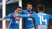 Napoli - Udinese 4-2: Amin Younes, José Callejon, Arkadiusz Milik, Dries Mertens rút ngắn điểm số