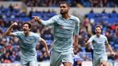 Cardiff - Chelsea 1-2: Camarasa mở tỷ số, Azpilicueta và Loftus-Cheek kịp giúp HLV Sarri ngược dòng