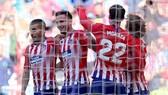 """Atletico Madrid - Valladolid 1-0: Joaquin """"tặng quà"""", HLV Simeone giữ vững ngôi nhì"""