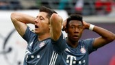 RB Leipzig - Bayern Munich 0-0: Trọng tài Manuel Grafe và VAR níu chân Bayern