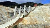 Thủy điện Sông Bung 2 tích nước trở lại sau sự cố bục vỡ cửa van