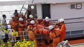 Ứng cứu thuyền viên nước ngoài đột quỵ trên biển