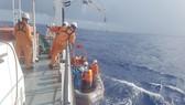 Cứu thuyền viên bị chấn thương nặng khi đang hành nghề trên vùng biển quần đảo Hoàng Sa