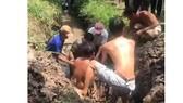 Phát hiện người đàn ông chết trong ống thoát nước tại Tiền Giang