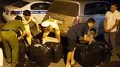 Phát hiện gần 5.000 gói thuốc lá nhập lậu trên cao tốc TPHCM - Trung Lương