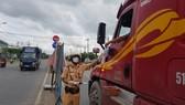 Việc vận chuyển hàng hóa giữa TPHCM và Tiền Giang thuận lợi nhờ áp dụng luồng xanh