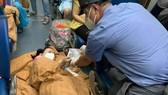 Sản phụ sinh con trên đoàn tàu trở về Quảng Bình
