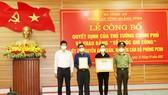 Lễ trao bằng Tổ quốc ghi công cho gia đình liệt sĩ Nguyễn Anh Tuấn