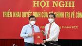 Trao quyết định Phó Trưởng Ban Kinh tế Trung ương cho đồng chí Nguyễn Thành Phong