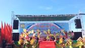 Tuần lễ Văn hóa - Du lịch - Ẩm thực biển Thạnh Phú lần I-2018 đã chính thức khai mạc. Ảnh: TRẦN THANH