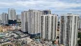 Dịch Covid-19: NĐT giảm quan tâm nhưng giá chung cư Hà Nội và TPHCM vẫn tăng cao