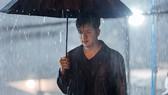 """Cao Thái Sơn tung MV mới kịch tính """"Khóc giữa trời mưa"""""""