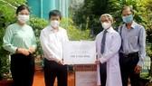42 cơ quan báo chí hỗ trợ y bác sĩ tuyến đầu chống dịch tại TPHCM