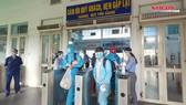 Thai phụ, người già được miễn phí trên chuyến tàu chuyên biệt trở về quê