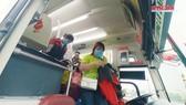 Bến xe miền Tây đón khách từ 6 tỉnh đầu tiên trở lại TPHCM làm việc
