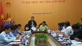 Bộ trưởng Bộ NN-PTNT Nguyễn Xuân Cường làm việc với tỉnh Kiên Giang về công tác phòng chống bão