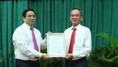 Chuẩn y chức danh Bí thư Tỉnh ủy Hậu Giang đối với ông Lữ Văn Hùng
