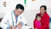 Từ nay trẻ em vùng nông thôn Trà Vinh có điều kiện để được khám, chữa bệnh với dịch vụ y tế chất lượng cao, không phải lên TPHCM xa xôi nữa