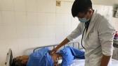 Lấy thành công đầu viên đạn nằm trong cơ thể bệnh nhân suốt 51 năm